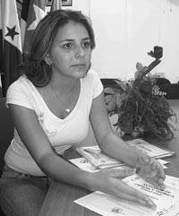MUCHACHA CUBANA GANADORA DE UN PREMIO NACIONAL