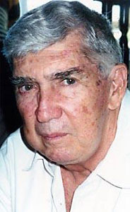 """BUSH protege a uno de sus """"terroristas buenos"""": Luis Posada Carriles"""