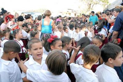 Los niños nos salvan: Cuba huracanes