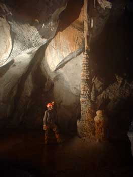 Aventura al corazón de una gruta: Santo Tomás. Viñales