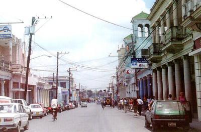 Mejora urbanismo en la ciudad de Pinar del Río