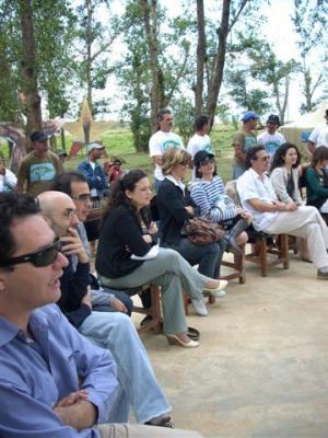 Intercambia grupo literario Bogotá 39 con escritores pinareños