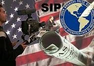 Golpean y detienen a periodistas de Telesur y AP en Honduras